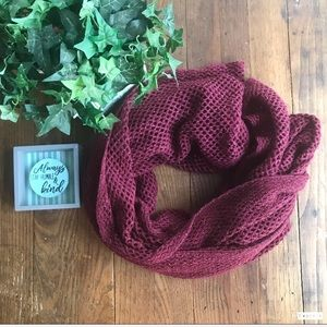 NWOT Steve Madden Wine colored Infinity scarf